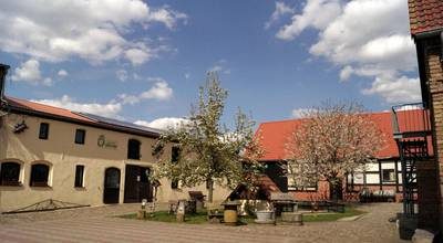 Mehr zu Jugend-Ökohof in Crussow